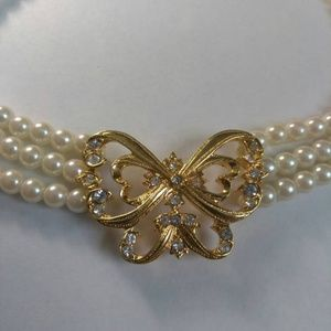 Avon Butterfly Pearl Multi Strand Choker Necklace